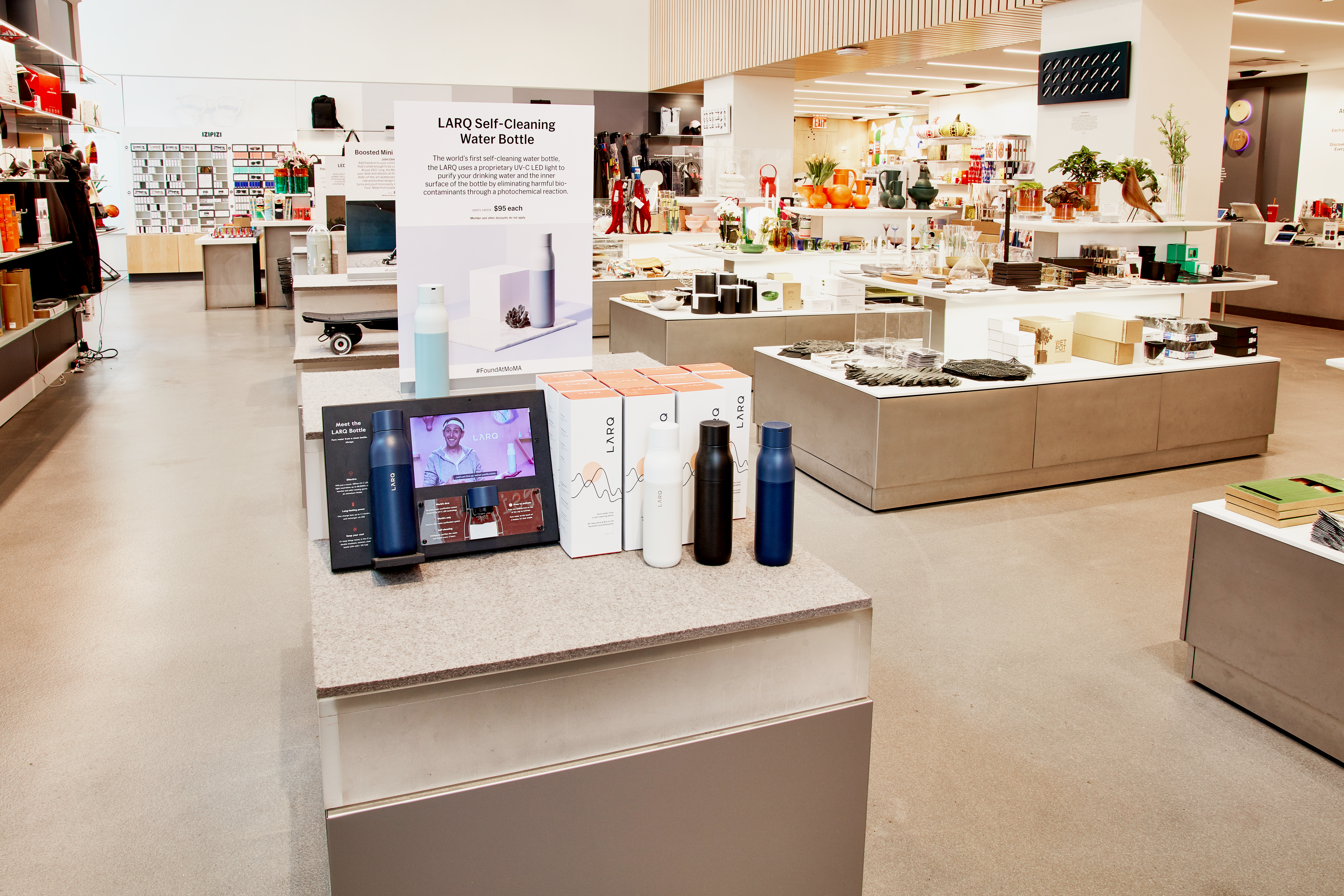 MOMA Store 3